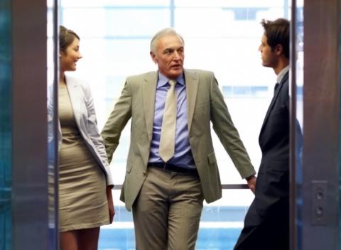 Vendere..in ascensore.