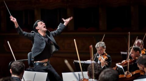 Social Selling : …è come dirigere un'orchestra.