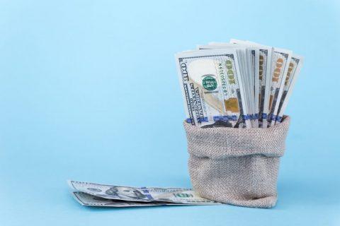 Motivare i venditori con incentivi personalizzati.